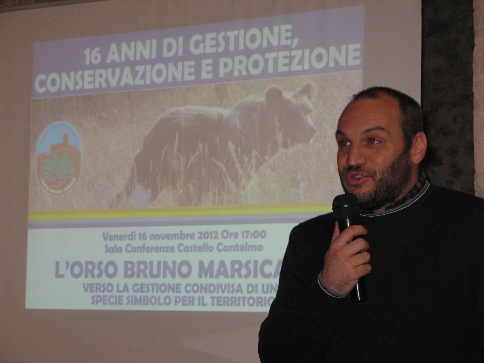 Conferenza orso marsicano a Pettorano sul Gizio - ph. D.Valfrè